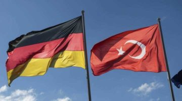 Almanya Türkiye dahil seyahat uyarısını 31 Ağustos'a uzattı.