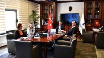 """İzmir parası, İzmir bayrağı"" Tartışmasında Son Nokta"