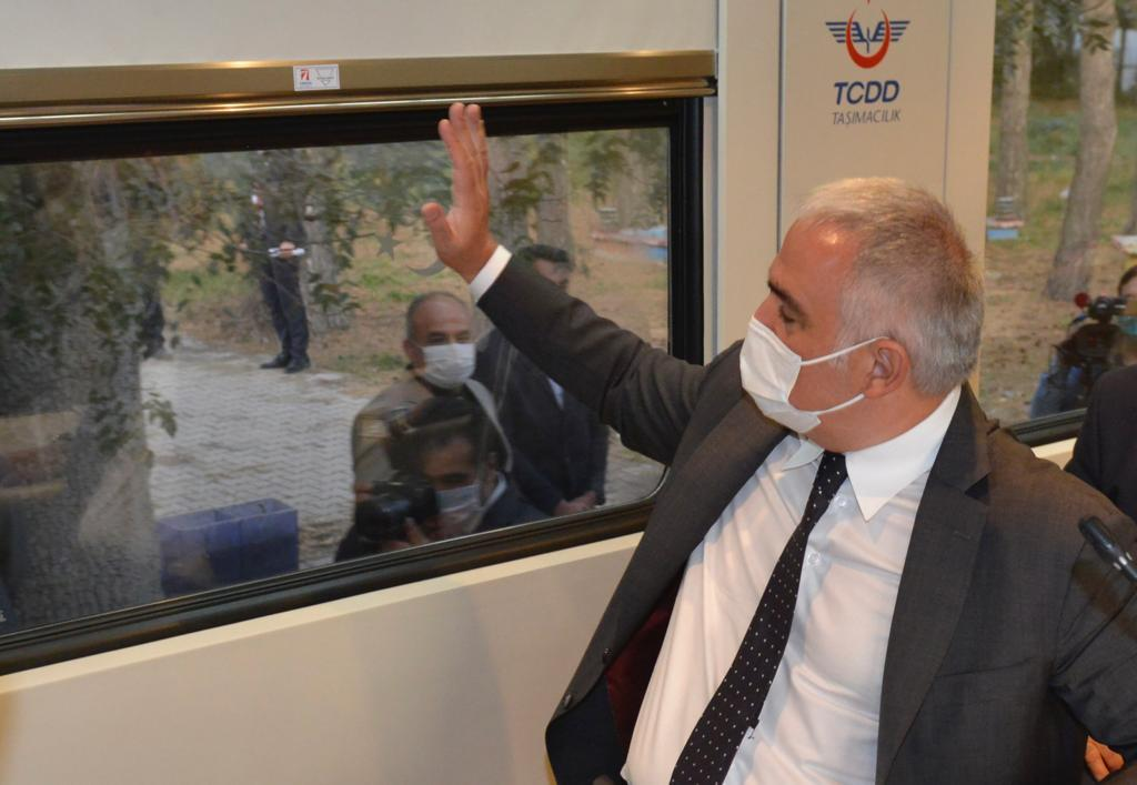 Turizm Tren rotalarını yaygınlaştırmayı hedefliyoruz..