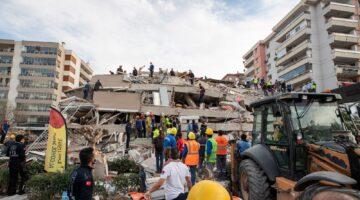 İzmir Otelciler Odası'ndan depremzedelere ücretsiz konaklama