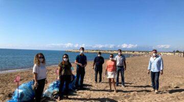 TÜRÇEV Deniz Çöpleri İzleme Programı'nı Antalya'dan başlattı..