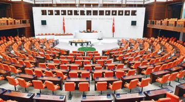 Bakan Ersoy'a soru önergesi: 2021 turizminin yol haritası ve takvimi nedir