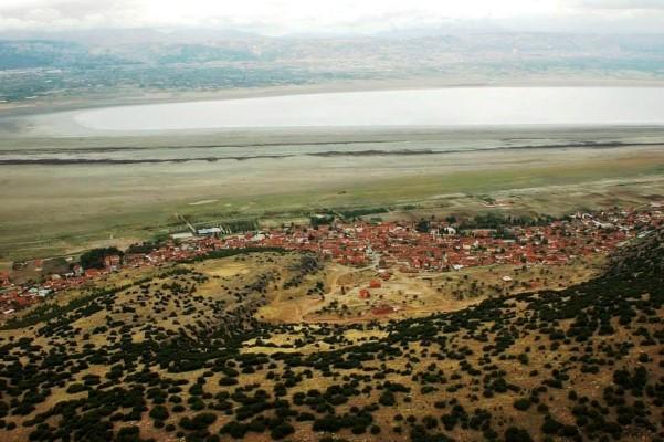 Kuruyan Burdur Gölü arıtılmış lağım suyu ile kurtarılacak!