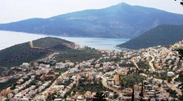Turizm kenti Kaş'ta 1 yılda 540 kaçak yapı tespit edildi!